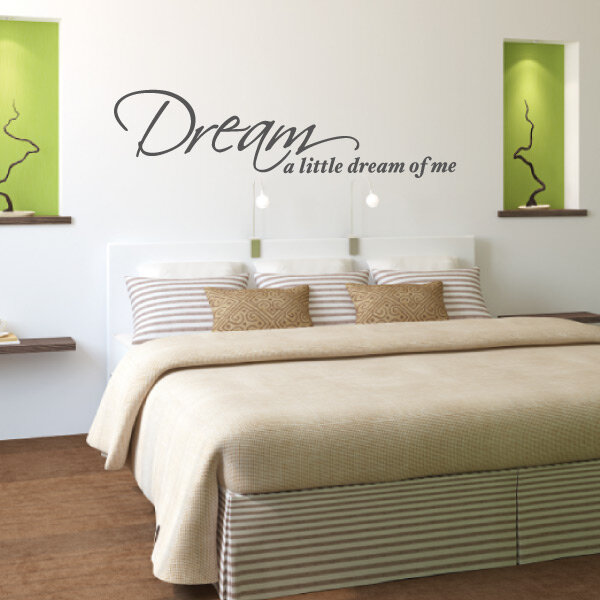 Dream a little dream Wandtattoo Traum Wandaufkleber